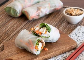 Easy-to-Make Vegetarian Spring Rolls For Vu Lan Festival