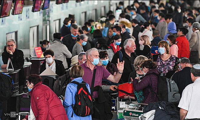 Vietnam to reconnect international flights soon September