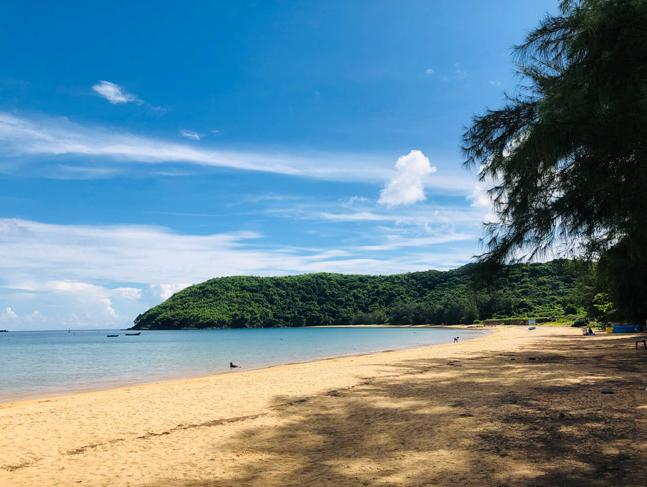 discover dam trau con daos most beautiful beach