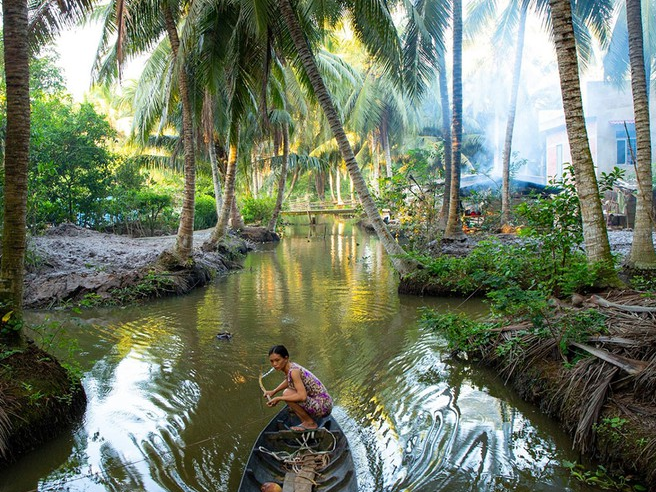 vietnamese amateur photographer launches a gallery of thousands photo about ben tre due to love