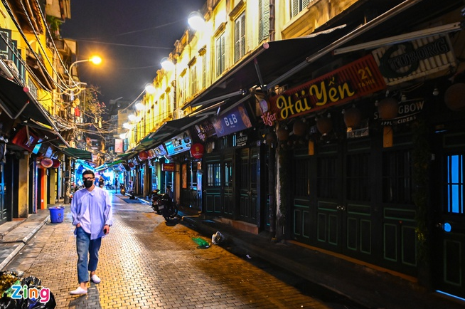 COVID-19 Updates (September 10): No new cases, Hanoi continues to shut down night bars
