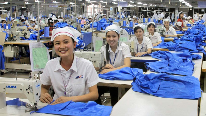 germany supports textile workers in viet nam affected by covid 19
