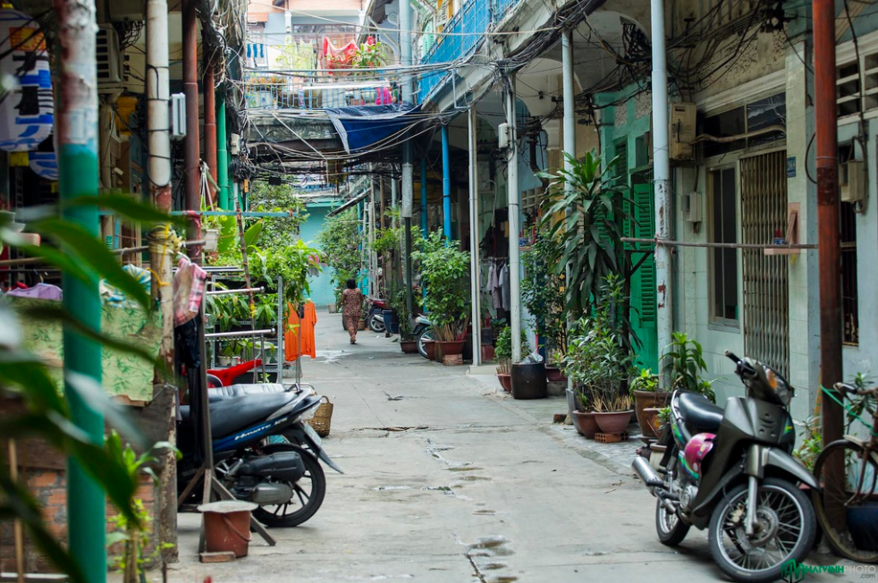 Exploring antique sight of Ho Chi Minh City's 100 year-old alley