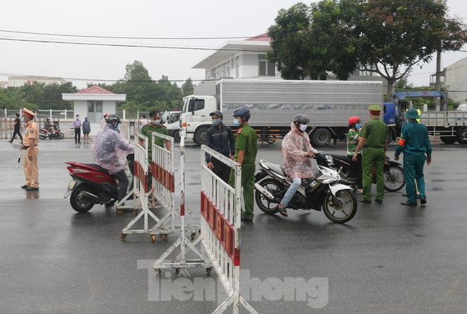 covid 19 updates september 15 da nang removes medical checkpoints at city entrance