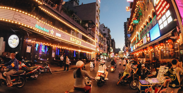 COVID 19 Updates (September 16): Hanoi reopens night clubs and karaoke services