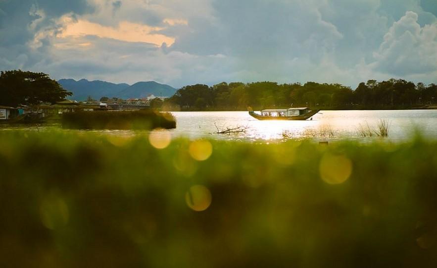 Photos: Idyllic Moments of Majestic Hue