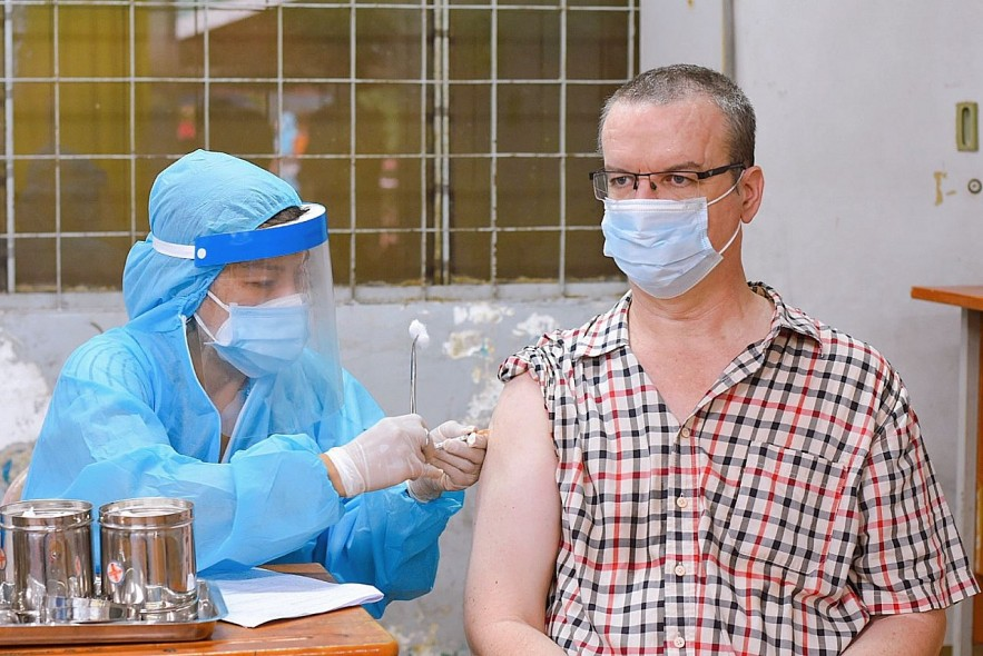 Ho Chi Minh City's Efforts to Support Foreigners Amid Pandemic