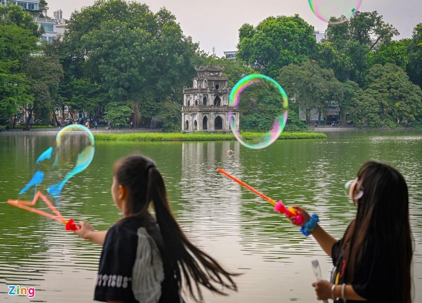 moments of hanoi in most romantic season