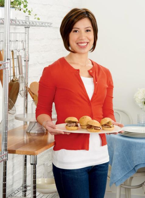 "Vietnamese-born MasterChef establishes ""Xin Chao"" restaurant in US"