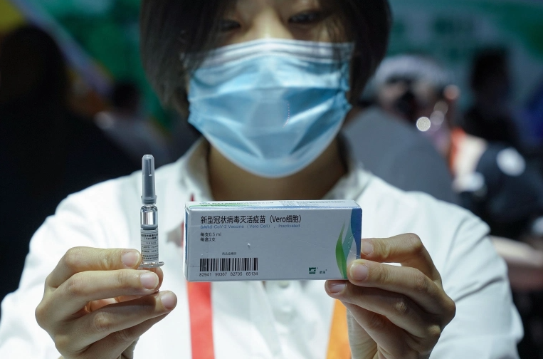 China rapidly expands use of experimental COVID-19 vaccines