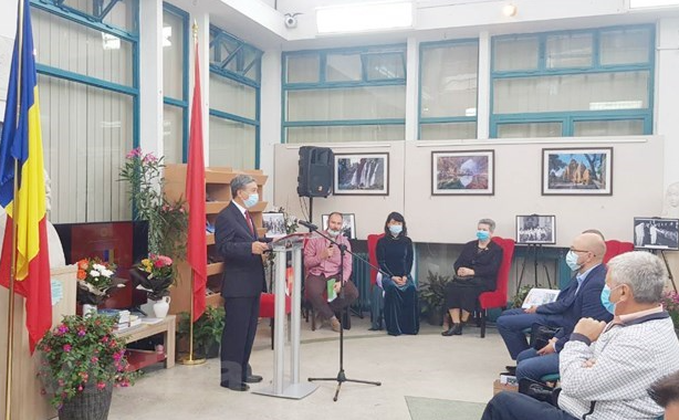 embassy seeks to enhance vietnam romania economic cultural links