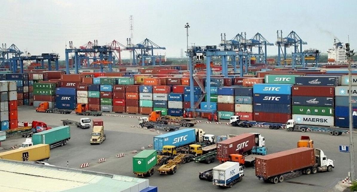 Vietnam saw a export surplus of over 17.3 billion USD
