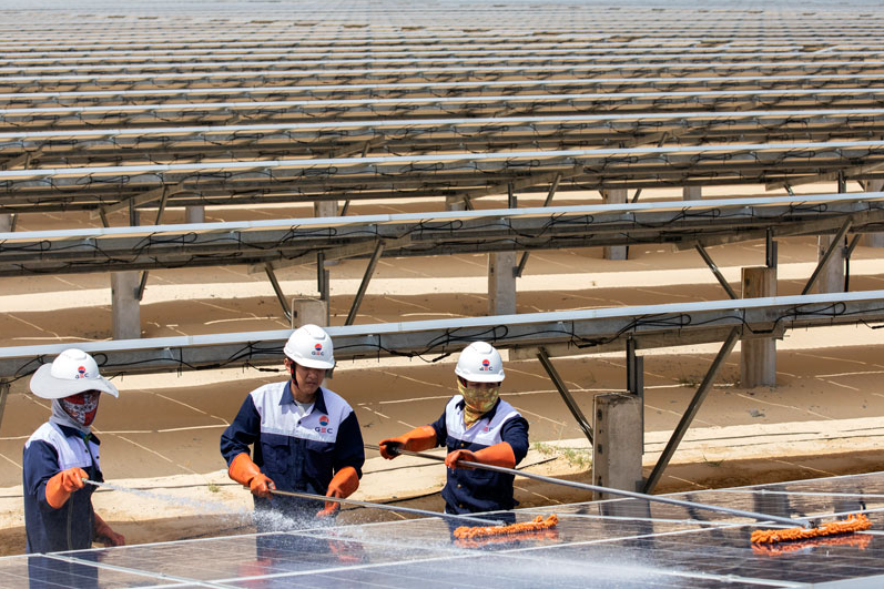 adb leads 186 million financing for the largest solar plant in vietnam