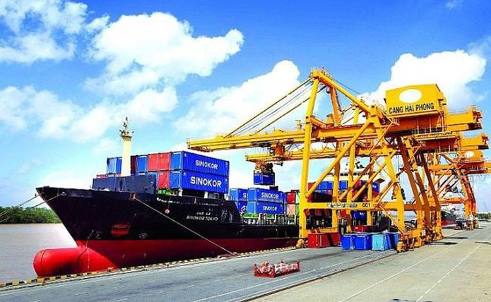 vn reaches trade surplus record of 1872 billion in the first 10 months 2020