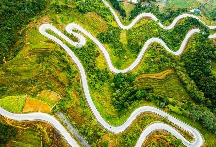 Dangerous Roads of Divine Ha Giang