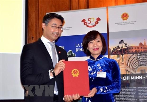 Vietnamese-born Ph.D. Appointed Honorary Consul of Vietnam in Switzerland