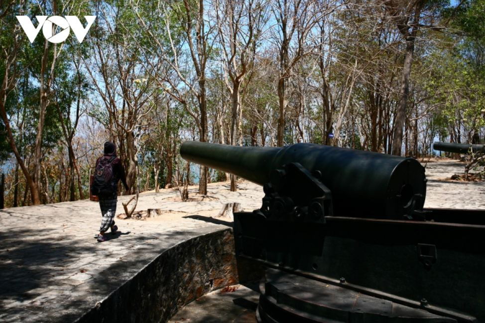 indochinas biggest ancient artillery battle in vung tau
