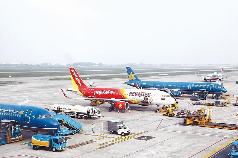 hanoi hcmc ranks second in worlds busiest domestic flight route