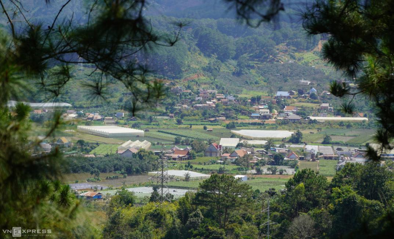 stunning scenes of da lat suburb