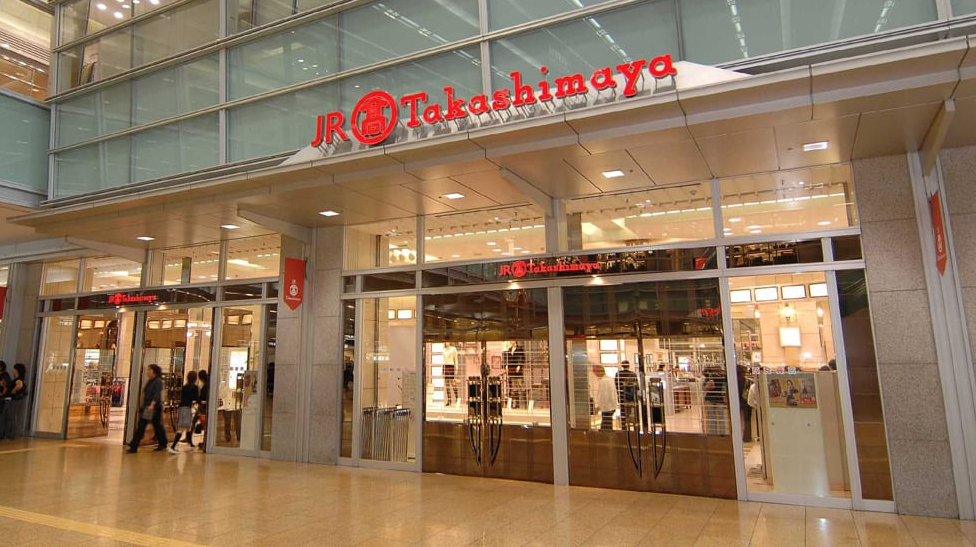 japanese retail giant takashimaya chases new identity starting in vietnam