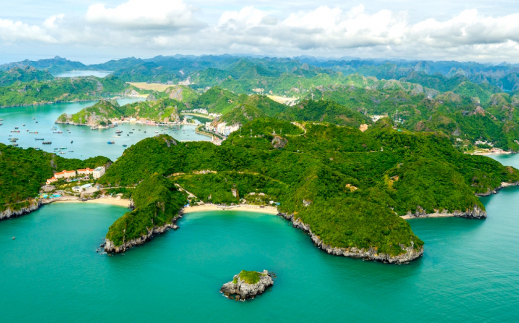 Cat Ba ranks first among Google's 2020 top searches for tourist destinations in Vietnam