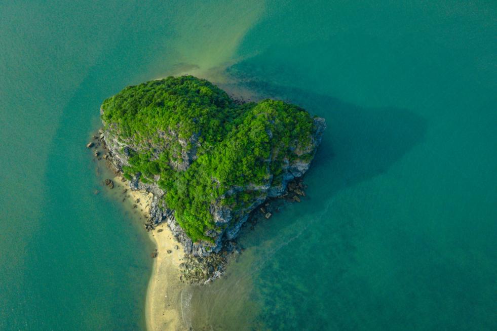 little known heart shaped island on lan ha bay