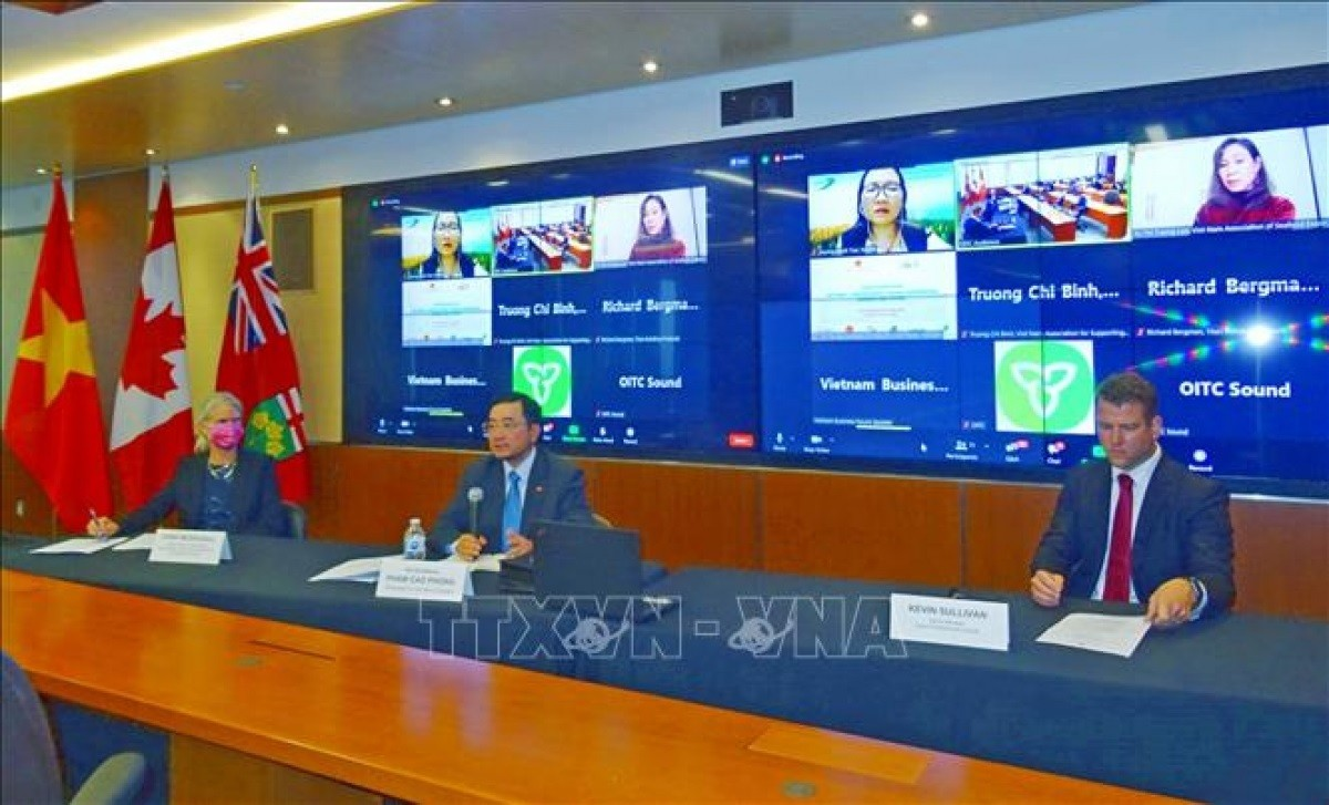 Vietnam, Canada Seek to Boost Co-operation in Global Supply Chain