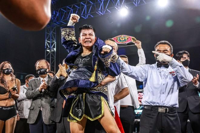 First Vietnamese Female Boxer to Claim WBO Belt