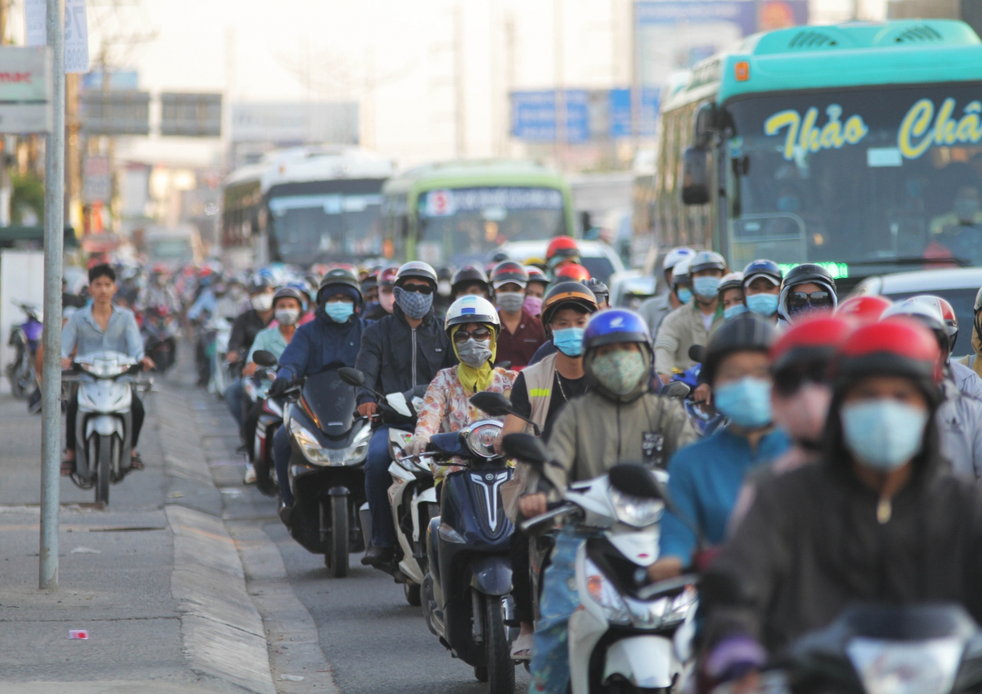 Ho Chi Minh City warns about high risk of large Covid-19 outbreak
