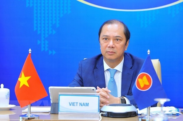 Consultation discusses ASEAN-China relations in current situation