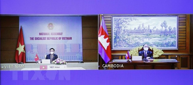 Vietnam, Cambodia vow to strengthen traditional friendship and comprehensive cooperation