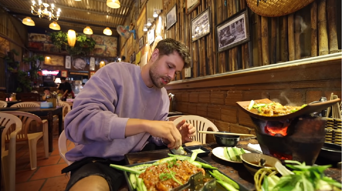 American Youtuber recommends three must-try dishes in Da Lat