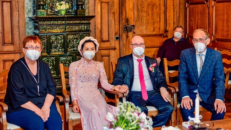 Multinational And Unique Wedding Of Vietnamese-German Couple