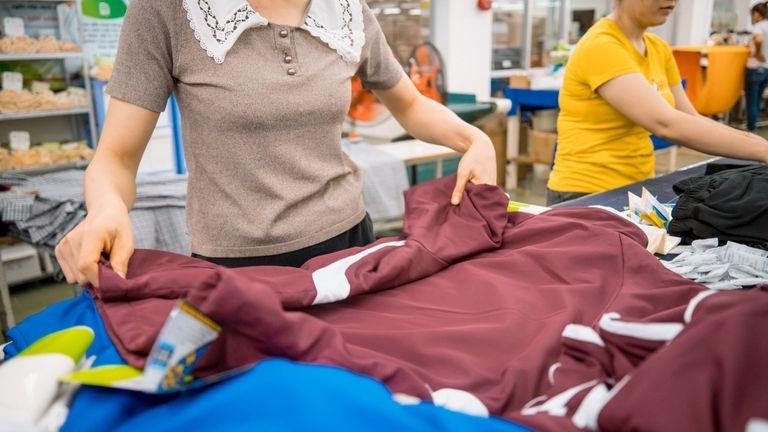 Vietnam Surpasses Bangladesh to Become World's Second Largest Garment Exporter