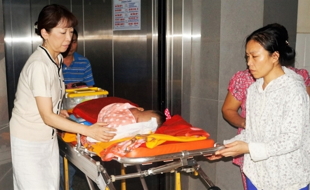 Kazuyo Watanabe spends most of her time with the patients when she is in Việt Nam.