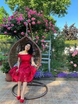Overseas Vietnamese Woman Grows Blooming Garden in Germany