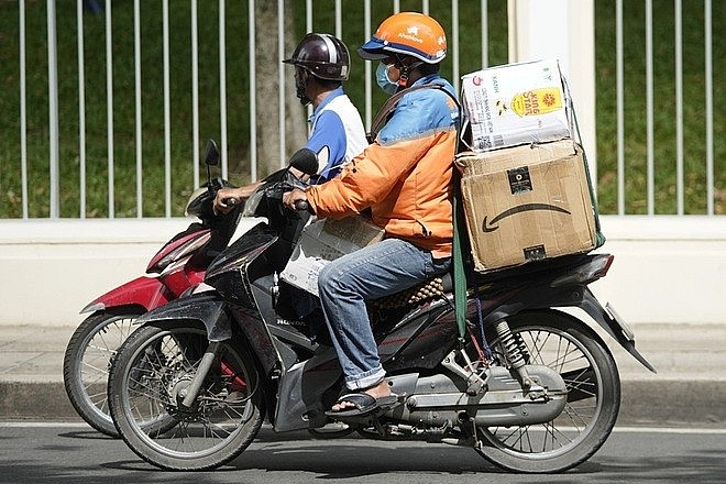 Eateries In Ho Chi Minh City Resume Delivery Services After Two-Month Suspension