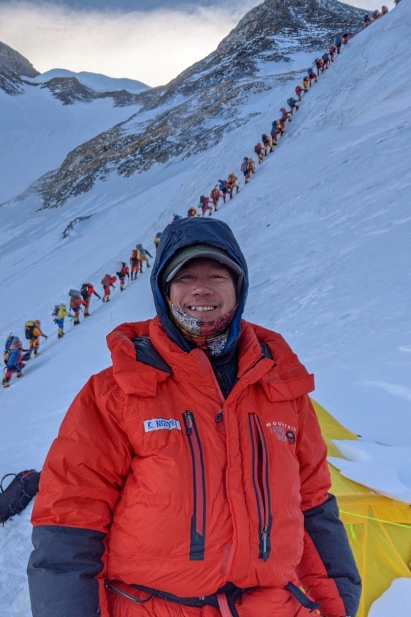 Road to Mount Everest: Vietnamese Engineer Conquers Top Of The World In Second Attempt