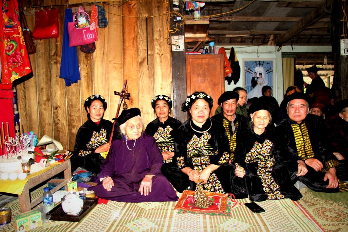 Beloved Vietnamese 'People's Artisan' turns 100 yet continues to sing