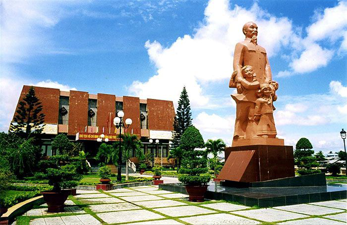 110 years since Ho Chi Minh left for national salvation: Duc Thanh School reminisces about Uncle Ho