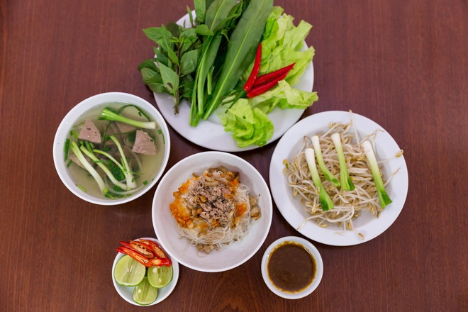 Two-in-one dried pho, Gia Lai province's unique dish