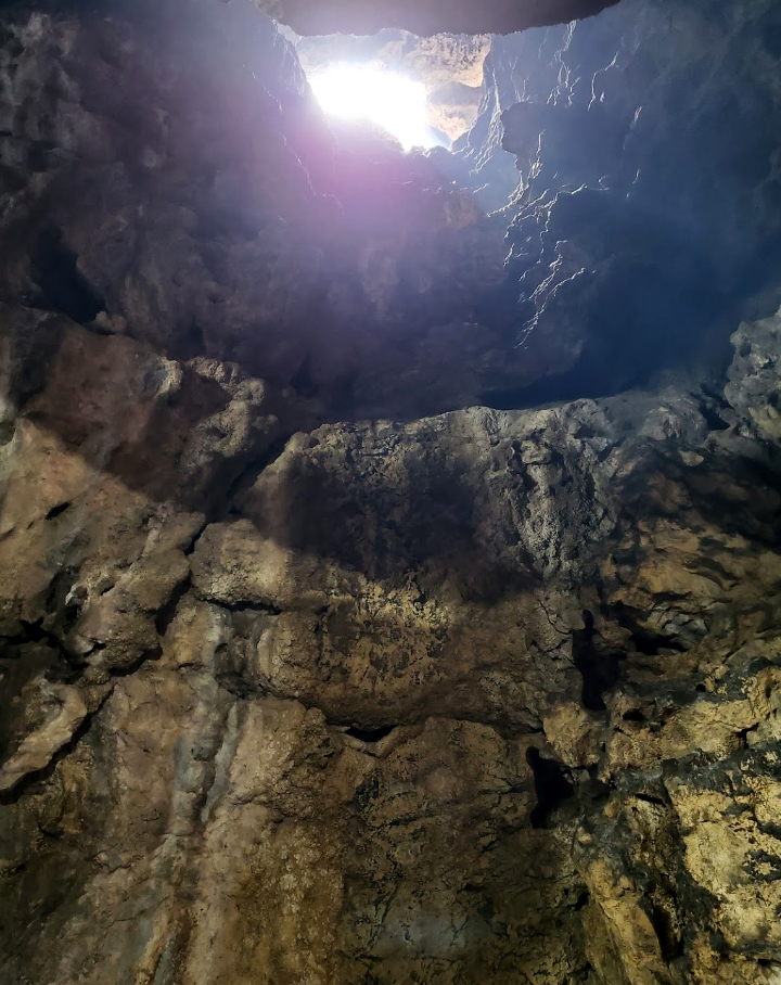 Thach Dong – The cave of legends