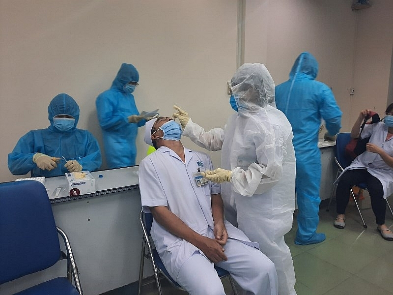 Vietnamese engineers develop software to monitor people in quarantine