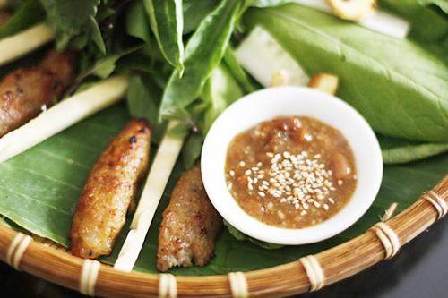 The unexplainable charm of Da Nang's nem lui