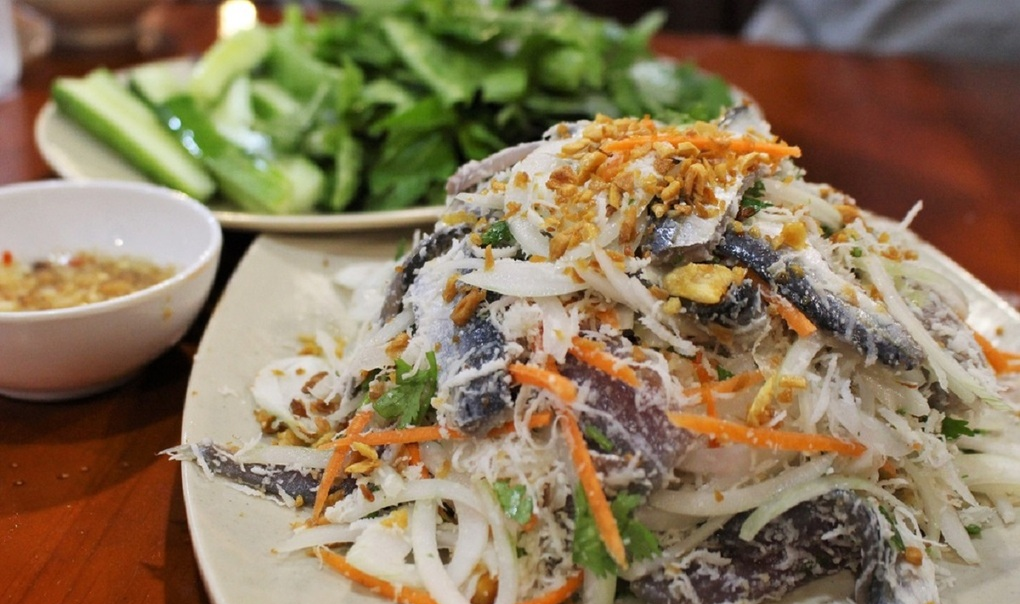 Four must-try raw fish salads from Vietnam
