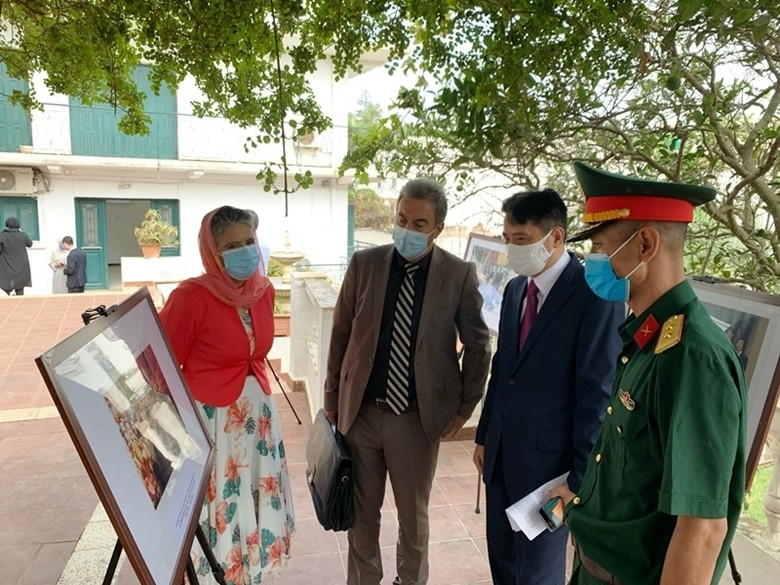 Exhibition Celebrating General Vo Nguyen Giap's 110th Birthday Held in Algeria