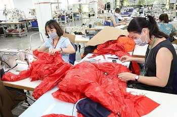 Vietnam's Textile Industry to Miss Export Target Due to Covid