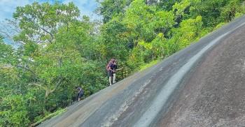 Scaling the Steep Slopes of Ba Den Mountain