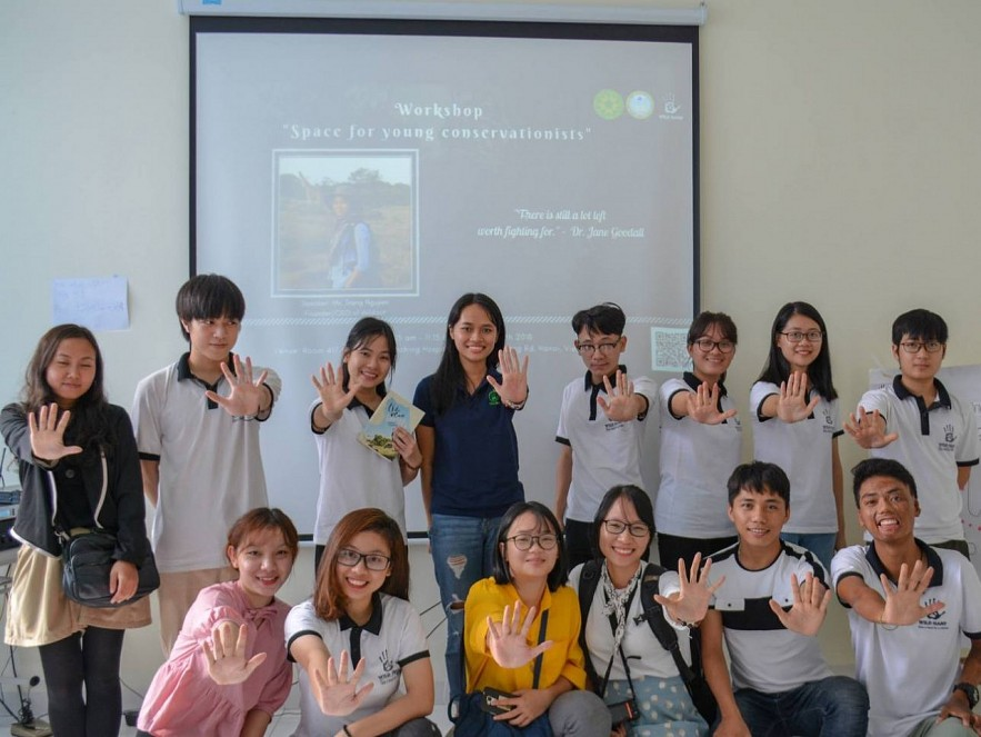 Vietnamese Woman Dedicates Career to Wildlife Conservation