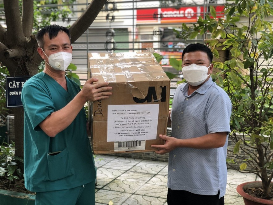 Vietnamese Communities in Europe, USA Support Covid Fight in HCMC